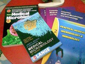 Microbiology..subjek yg memerlukan hafalan yang tinggi!
